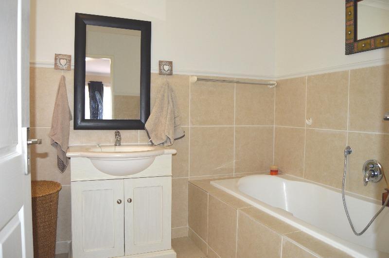 Property For Sale in Van Riebeeckshof, Bellville 27