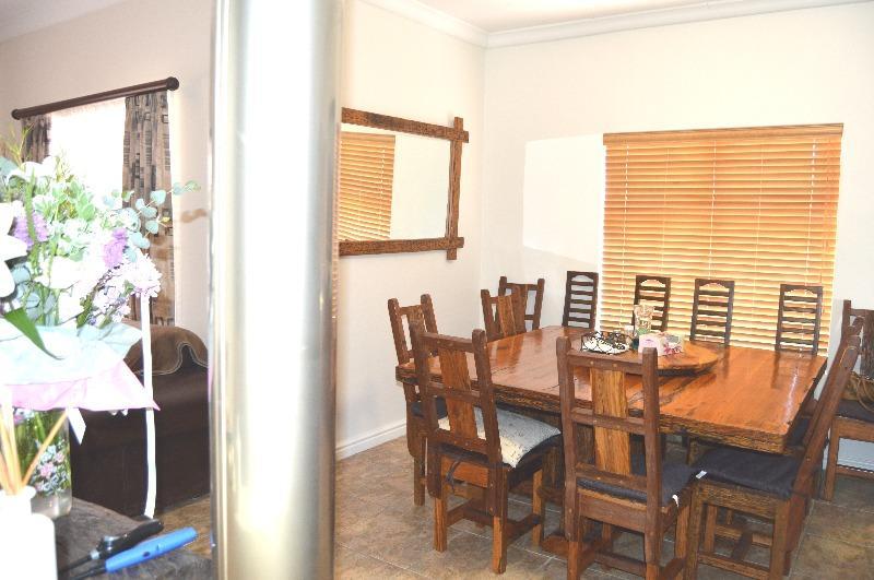 Property For Sale in Van Riebeeckshof, Bellville 7