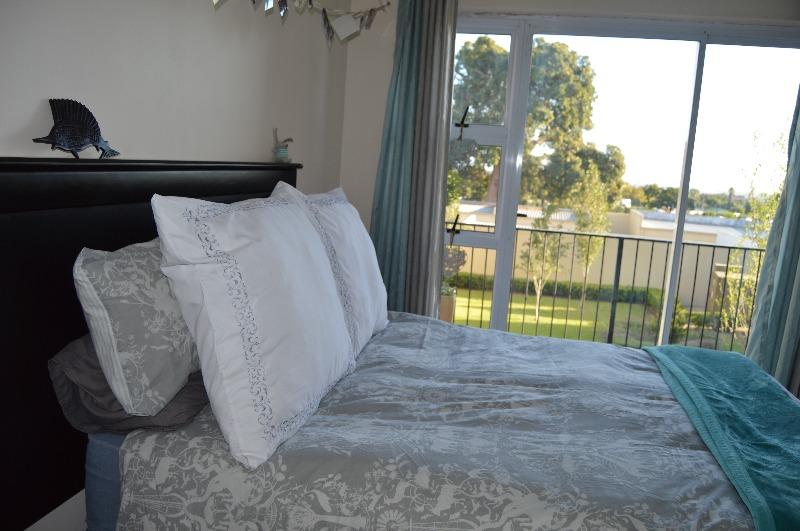 Property For Sale in Vredekloof Heights, Brackenfell 12