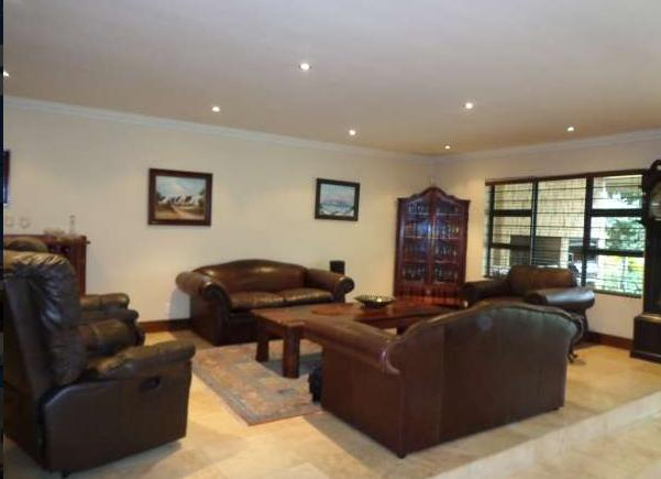 Property For Sale in Vergesig, Durbanville 13