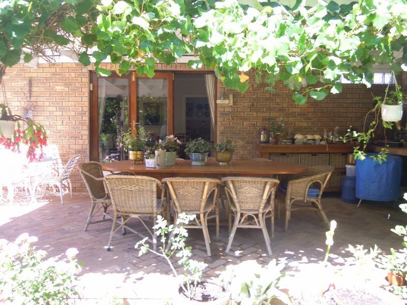 Property For Sale in Tara, Cape Town 2