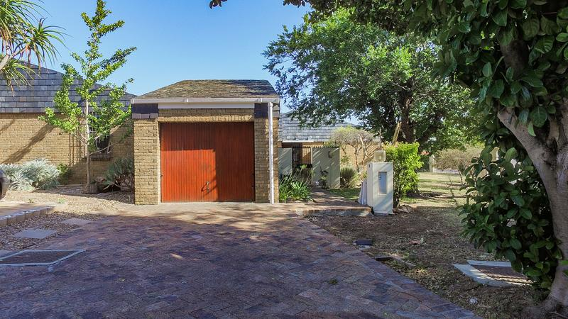 Property For Sale in Durbanville Hills, Durbanville 17