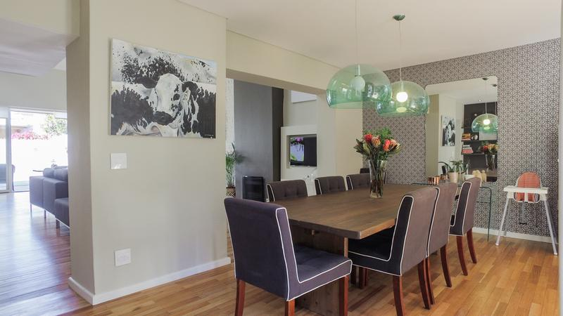 Property For Sale in Gardens, Cape Town 7