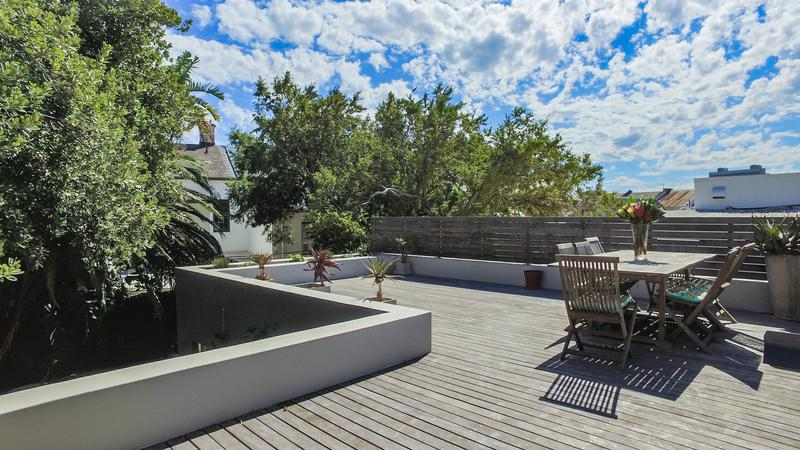 Property For Sale in Gardens, Cape Town 28