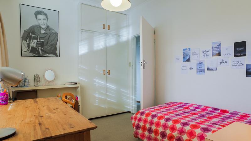 Property For Sale in La Rochelle, Bellville 15