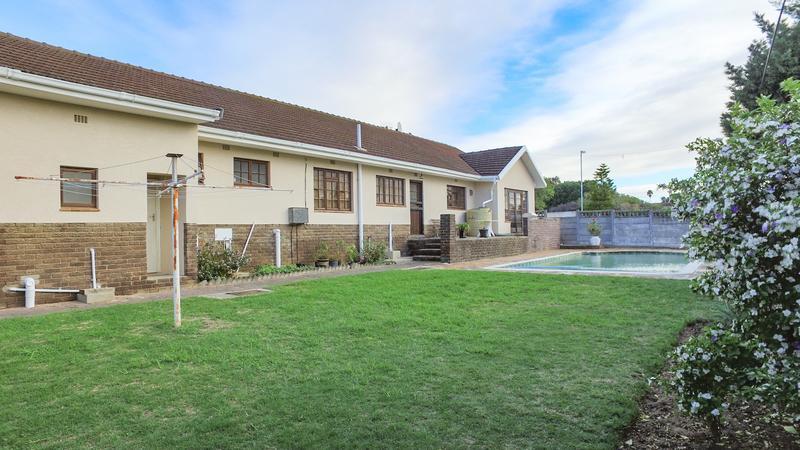 Property For Sale in La Rochelle, Bellville 27