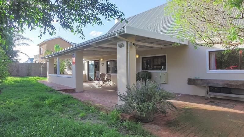 Property For Sale in Durmonte, Durbanville 15