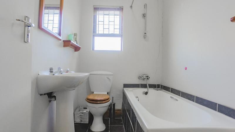 Property For Sale in Durmonte, Durbanville 26