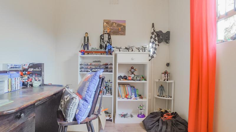 Property For Sale in Durmonte, Durbanville 17