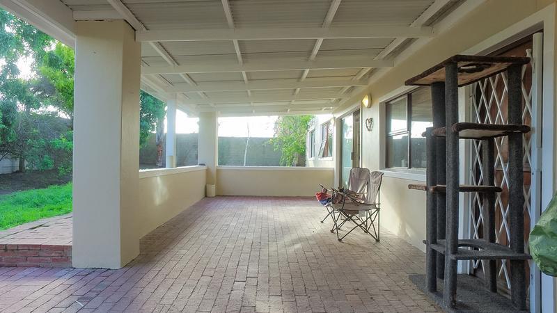 Property For Sale in Durmonte, Durbanville 16