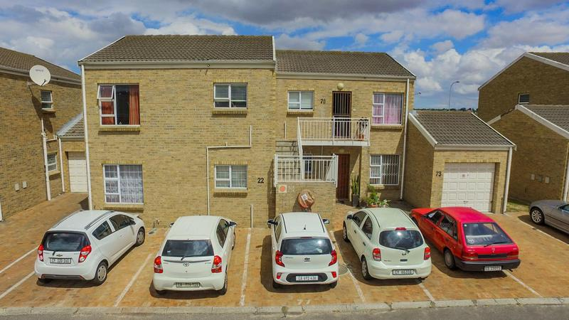 Property For Sale in The Crest, Durbanville 12