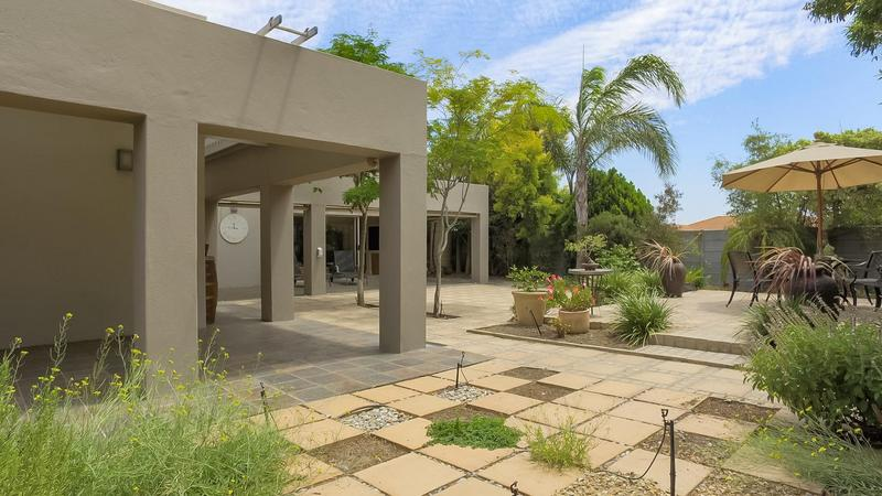 Property For Sale in D'Urbanvale, Cape Town 2