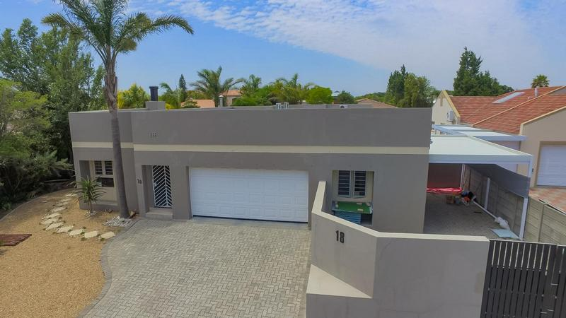 Property For Sale in D'Urbanvale, Cape Town 5
