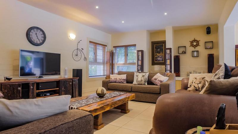 Property For Sale in D'Urbanvale, Cape Town 3
