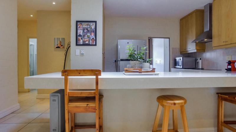 Property For Sale in D'Urbanvale, Cape Town 11