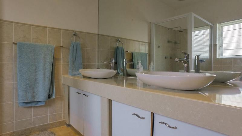 Property For Sale in D'Urbanvale, Cape Town 15