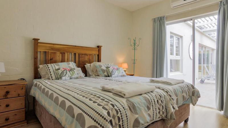 Property For Sale in D'Urbanvale, Cape Town 17