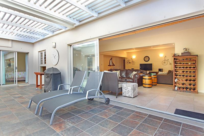 Property For Sale in D'Urbanvale, Cape Town 25