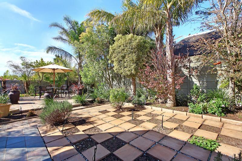 Property For Sale in D'Urbanvale, Cape Town 27