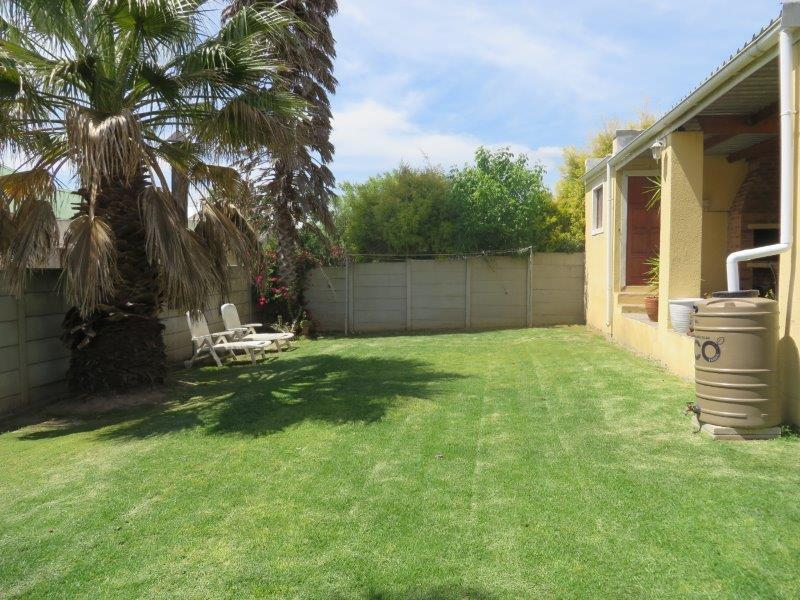 Property For Sale in Uitzicht, Cape Town 21