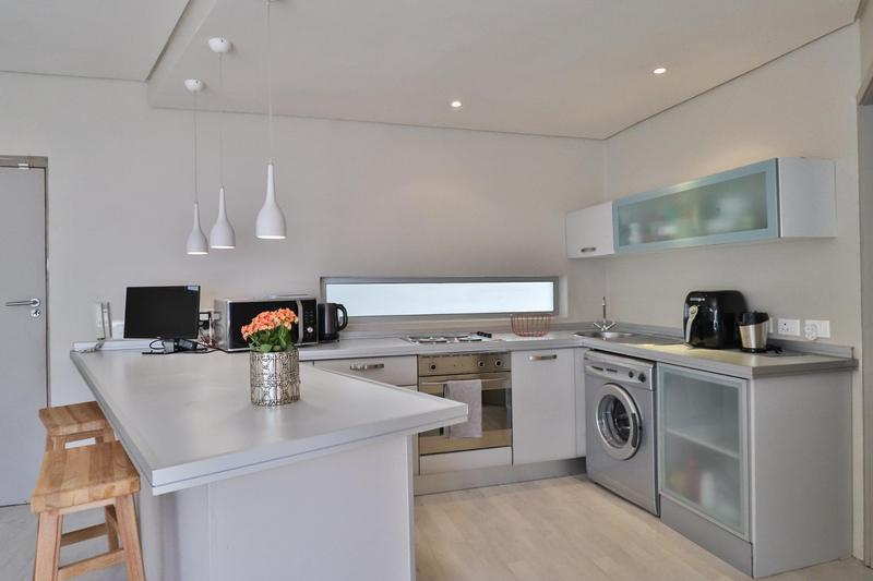 Property For Rent in Sea Point Upper, Cape Town 5