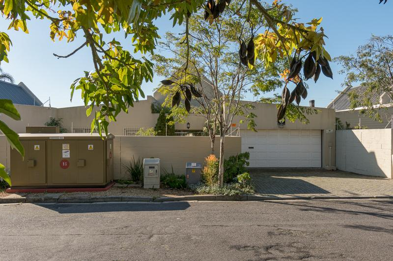Property For Sale in Amanda Glen, Durbanville 18