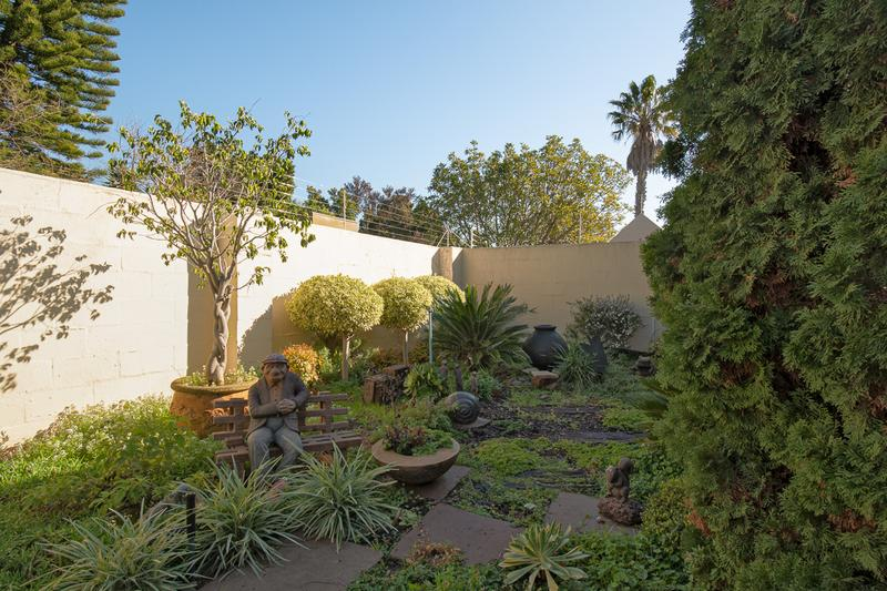 Property For Sale in Amanda Glen, Durbanville 20