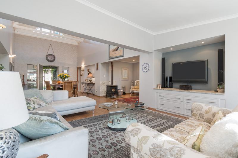 Property For Sale in Amanda Glen, Durbanville 6