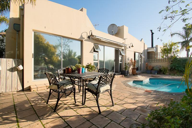 Property For Sale in Amanda Glen, Durbanville 23