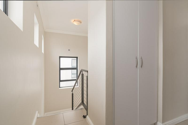 Property For Sale in Buh-rein, Cape Town 14