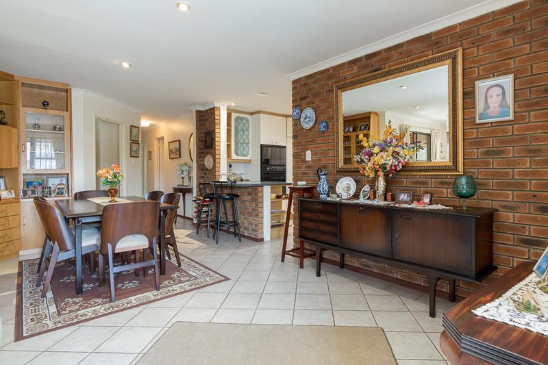 Property For Sale in Vergesig, Durbanville 3