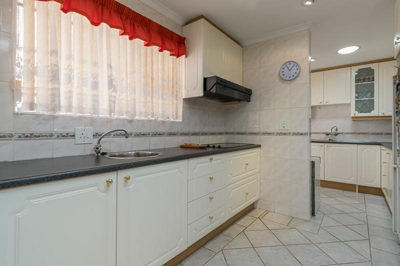 Property For Sale in Vergesig, Durbanville 11