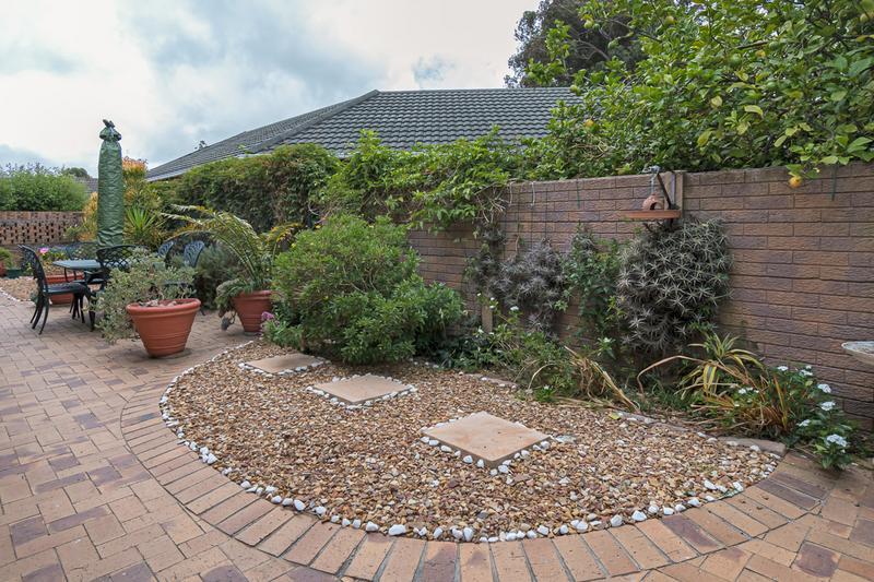 Property For Sale in Vergesig, Durbanville 24