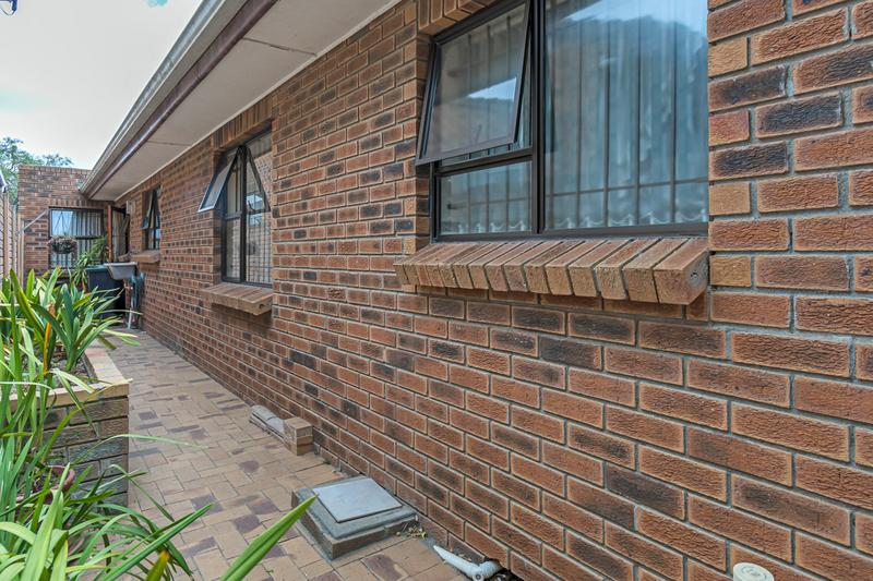 Property For Sale in Vergesig, Durbanville 25