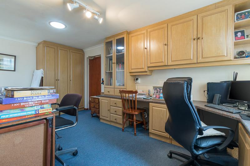 Property For Sale in Vergesig, Durbanville 14