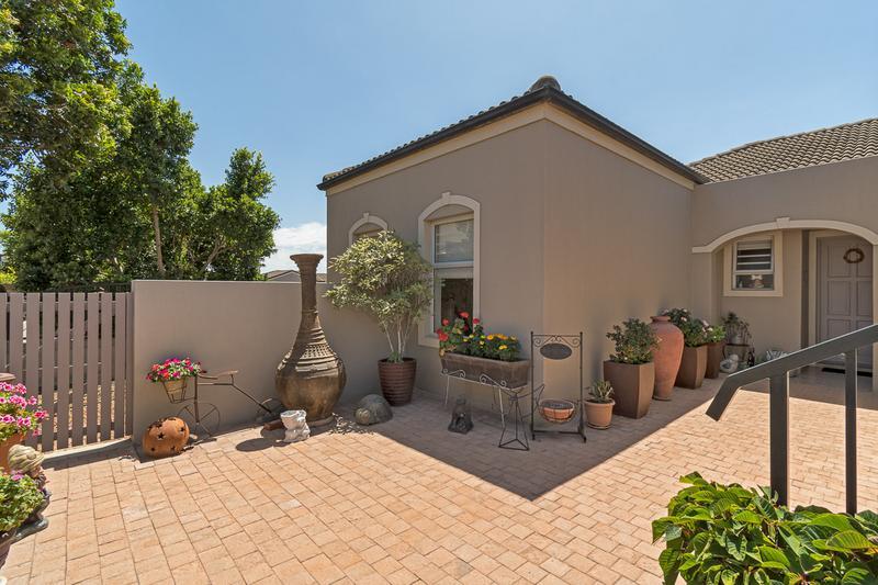 Property For Sale in Avalon Estate, Durbanville 24