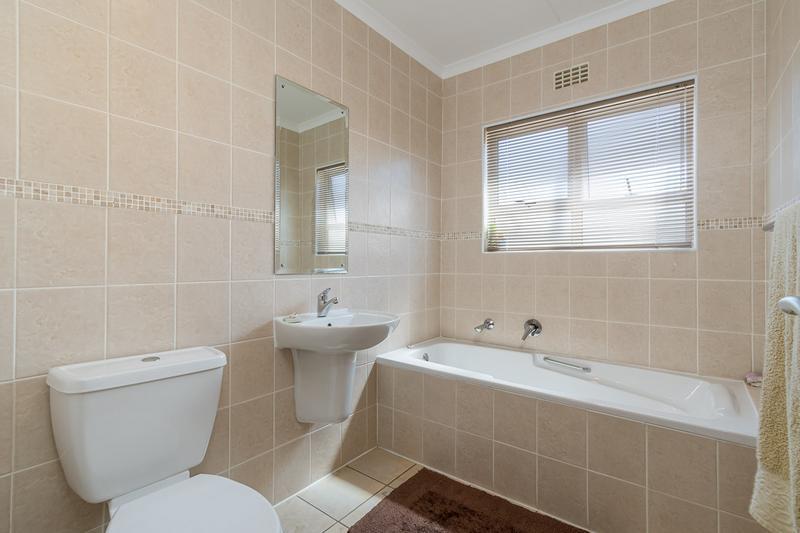 Property For Rent in Pinehurst, Durbanville 14