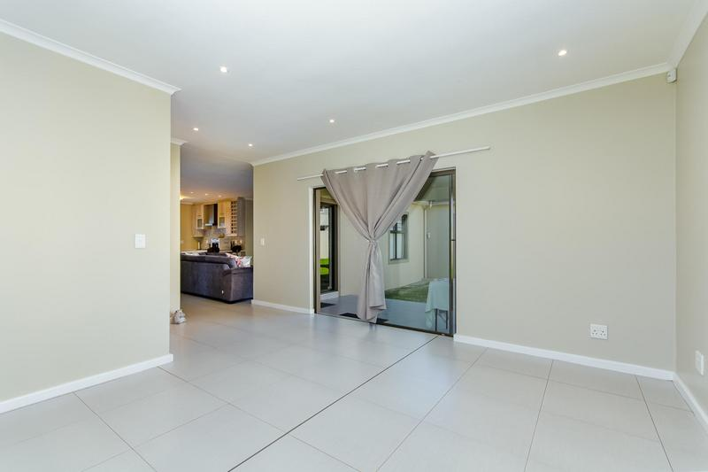 Property For Rent in Avalon Estate, Durbanville 8