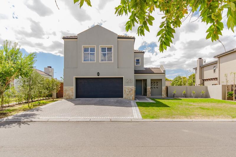 Property For Sale in Avalon Estate, Durbanville 25