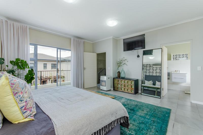 Property For Sale in Avalon Estate, Durbanville 16