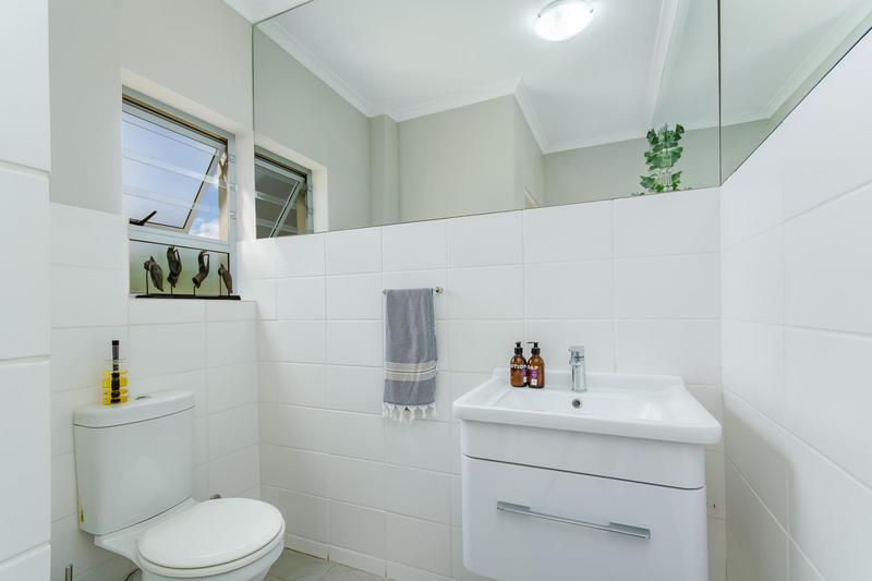 Property For Sale in Avalon Estate, Durbanville 19