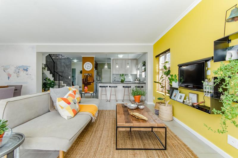 Property For Sale in Avalon Estate, Durbanville 9