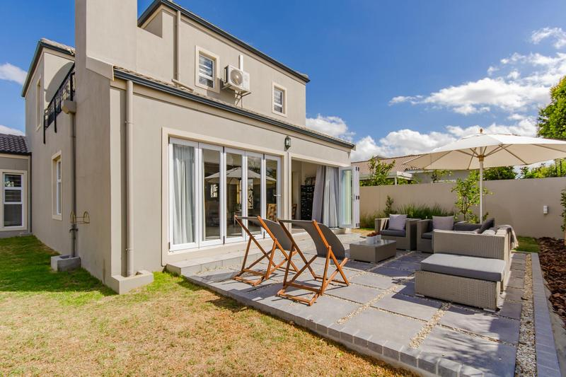 Property For Sale in Avalon Estate, Durbanville 27