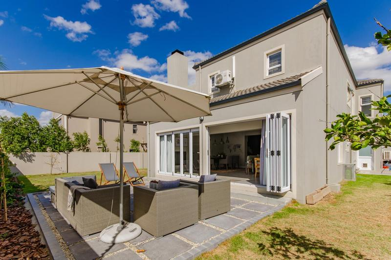 Property For Sale in Avalon Estate, Durbanville 29