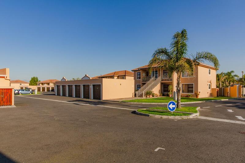 Property For Sale in Durbanville Central, Durbanville 33