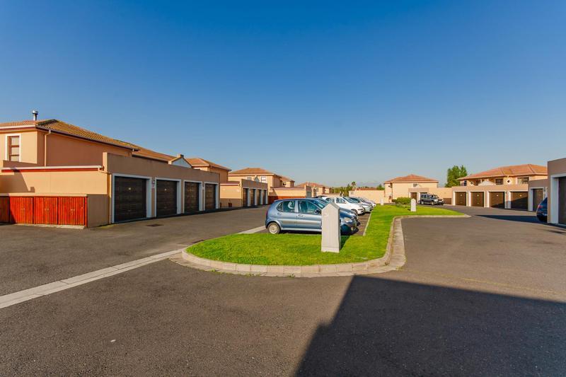 Property For Sale in Durbanville Central, Durbanville 36