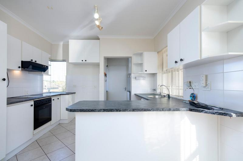 Property For Sale in Bergsig, Durbanville 13