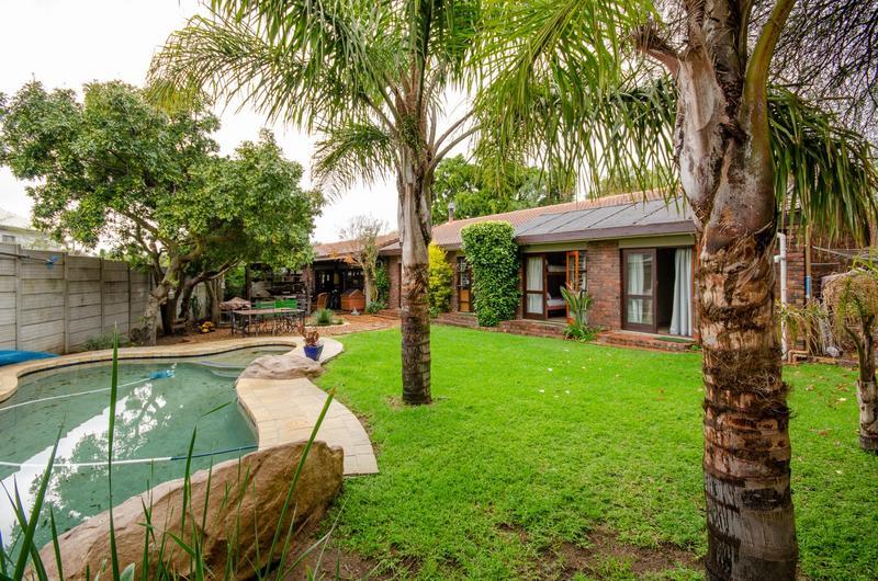 Property For Sale in Durbanville Central, Durbanville 6