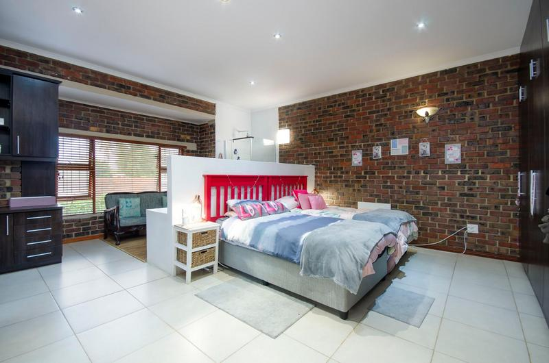 Property For Sale in Durbanville Central, Durbanville 10