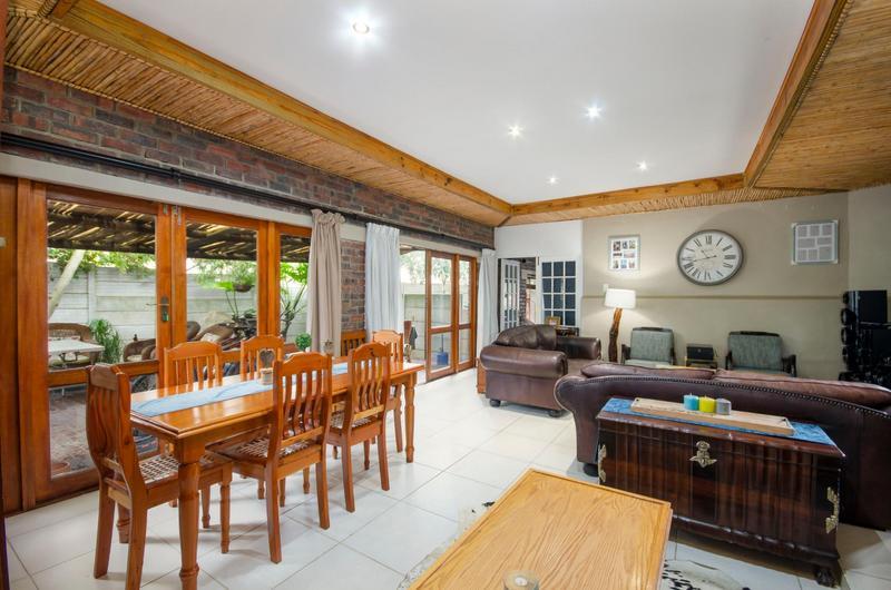 Property For Sale in Durbanville Central, Durbanville 13